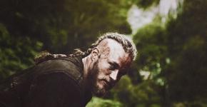 Parliamone | Ragnarr Loðbrók vsVikings
