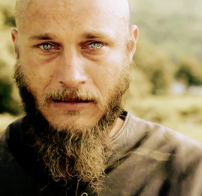 "Recensione | Vikings 2×01 ""Brother's War"""