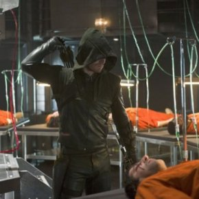 "Recensione | Arrow 2×19 ""The Man Under The Hood"""