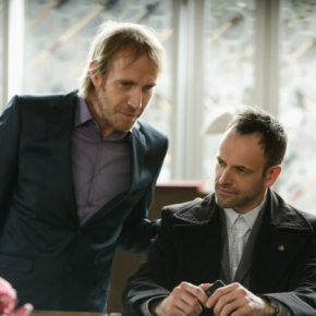 "Recensione | Elementary 2×21 ""The Man With The Twisted Lip"""