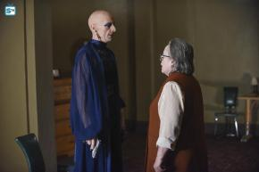 "Recensione | American Horror Story: Hotel 5×10 ""She Gets Revenge"" – 5×11 ""Battle Royale"""