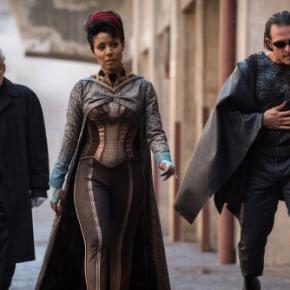"Recensione | Gotham 3×01 ""Better to Reign inHell"""