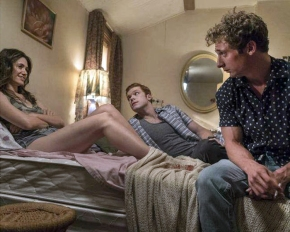 "Recensione | Shameless 7×06 ""The Defenestration of Frank"""