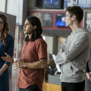 "Recensione | The Flash 3×10 ""Borrowing Problems From The Future"""