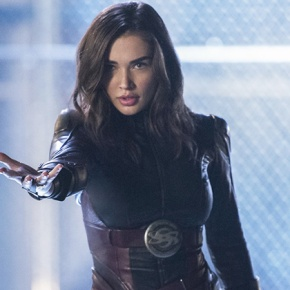 News | Amy Jackson parla del rapporto tra Saturn Girl e Supergirl