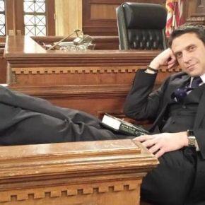 News | Raúl Esparza lascia Law &Order