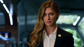 News | Legends of Tomorrow: Jes Macallan promossa a Series Regular per la quarta stagione