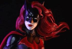 News | Batwoman: Si Cerca Un'Attrice Lesbica Per Interpretare La SupereroinaLGBTQ