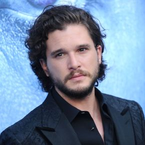 News | Game of Thrones: Kit Harington in riabilitazione per abuso di alcool e stress