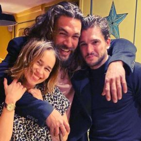 News | Game of Thrones: Reunion tra Emilia Clarke, Jason Momoa e Kit Harington