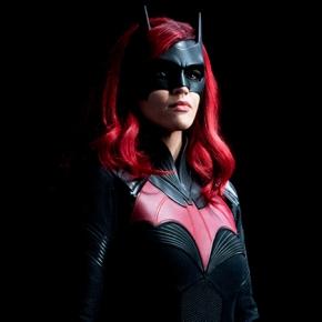 News | Batwoman non farà un recasting per Kate Kane. Ci sarà una nuova Batwoman nella secondastagione